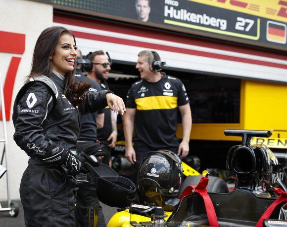 Aseel Al-Hamad dirigiu carro de Fórmula 1