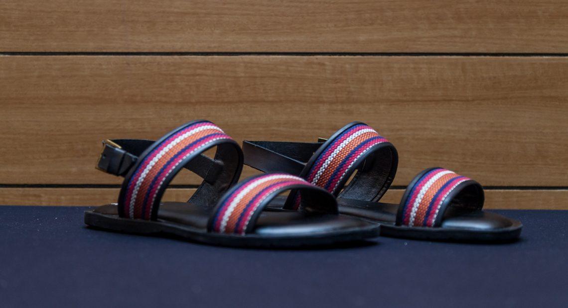 0d8419305 Emirados compraram 560 mil pares de calçados do Brasil - Agência de ...