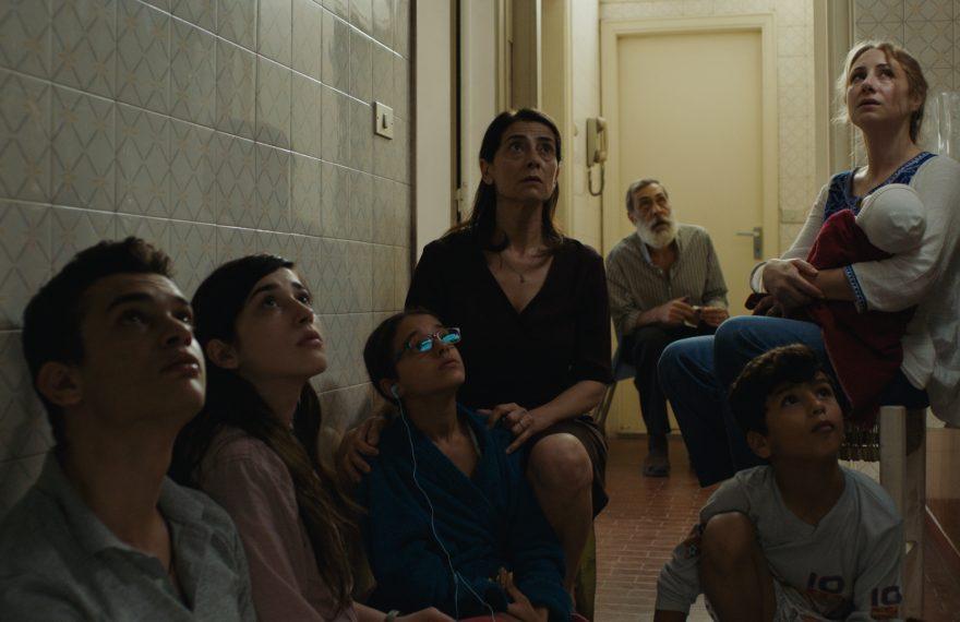 Cena do filme Insyriated, que integra a mostra de cinema