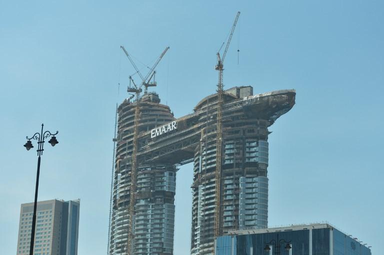 Prédios da Emaar em construção em Dubai