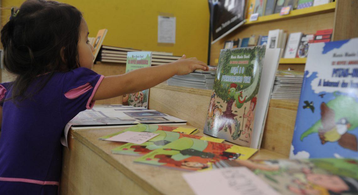 Edital inclui livros infantis