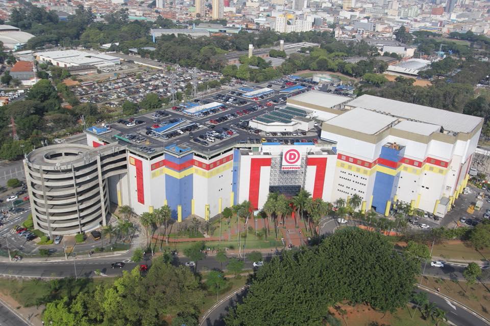 Vista aérea do Shopping D, em São Paulo