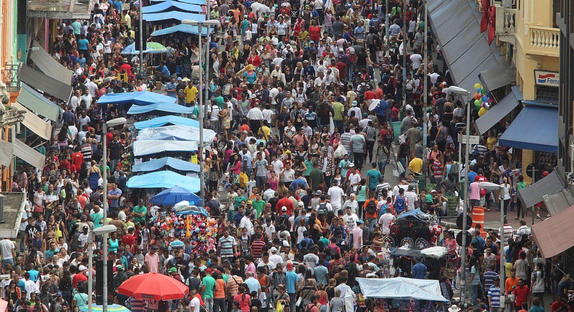 Rua 25 de Março, marco da imigração