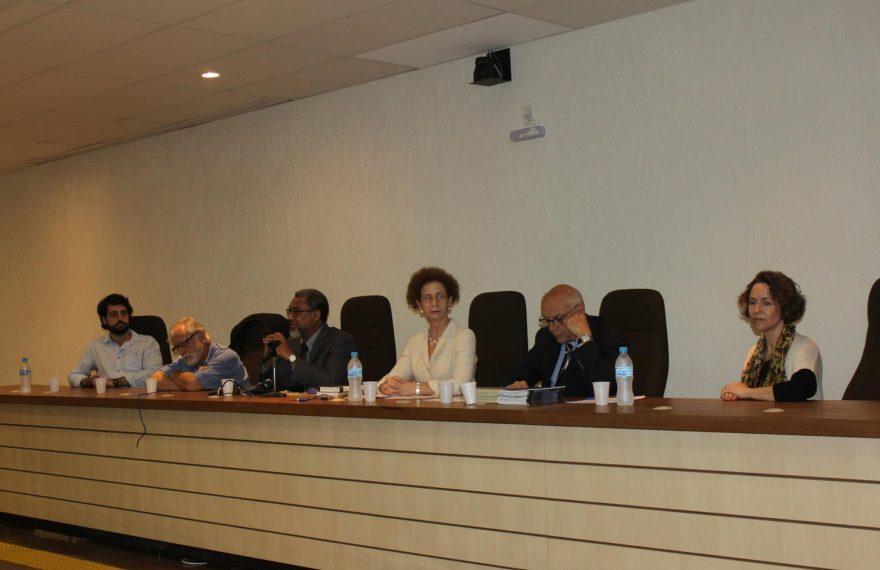 Clemesha (dir.) organiza fórum sobre a Palestina