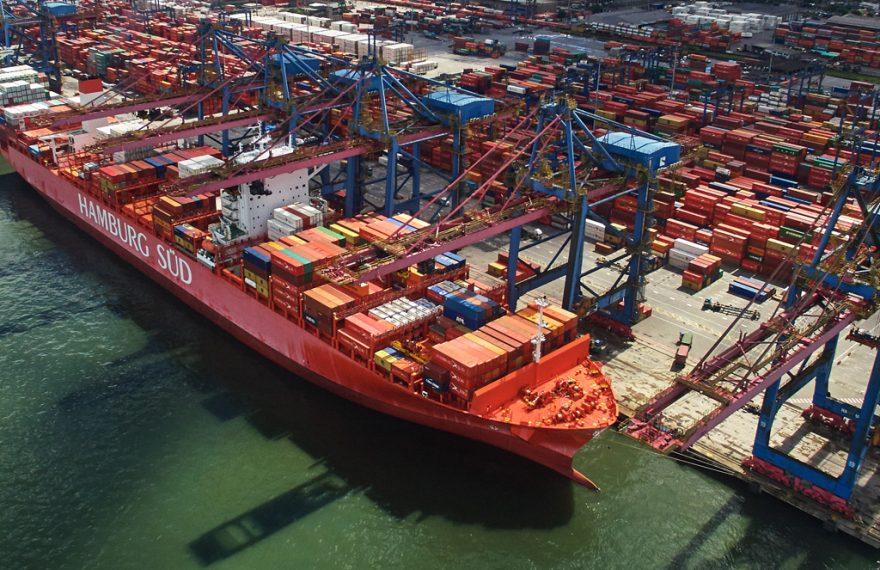 Terminal de contêineres no Porto de Santos. Exportações em alta na semana