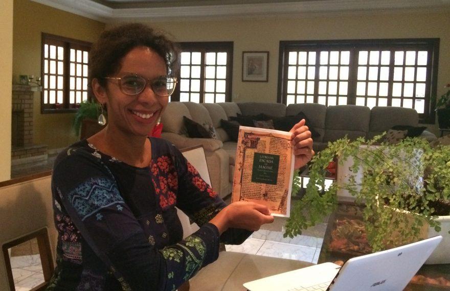Fernanda pesquisou a influência de 'O Livro da Escada de Maomé' em A Divina Comédia