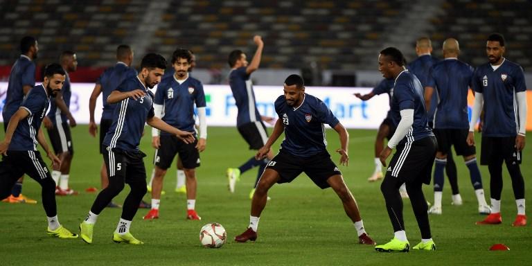 Seleção dos Emirados treina para a Copa da Ásia