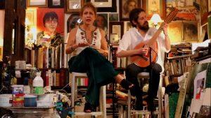 O disco traz sons mouros para ritmos brasileiros como cocos, cirandas e maracatus.