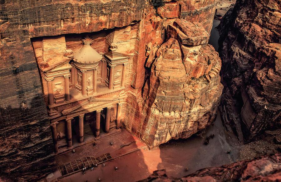 Petra é o mais famoso ponto turístico da Jordânia