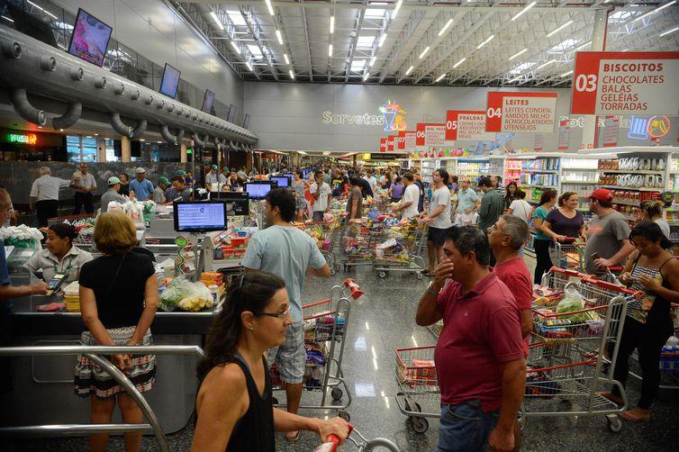 Supermercados venderam menos do que o esperado