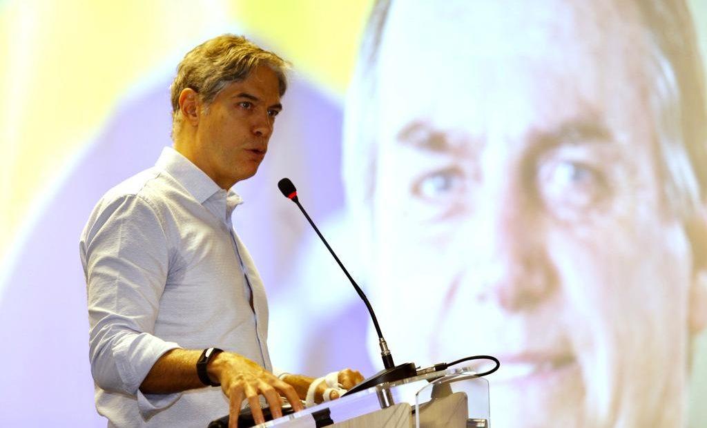 Ricardo Amorim deu palestra na Câmara Árabe