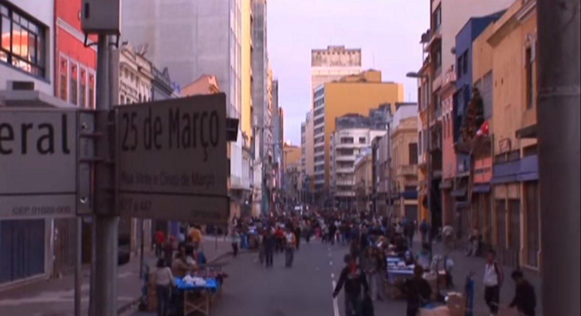 A 25 de Março: filme mostra a rua dos árabes em São Paulo