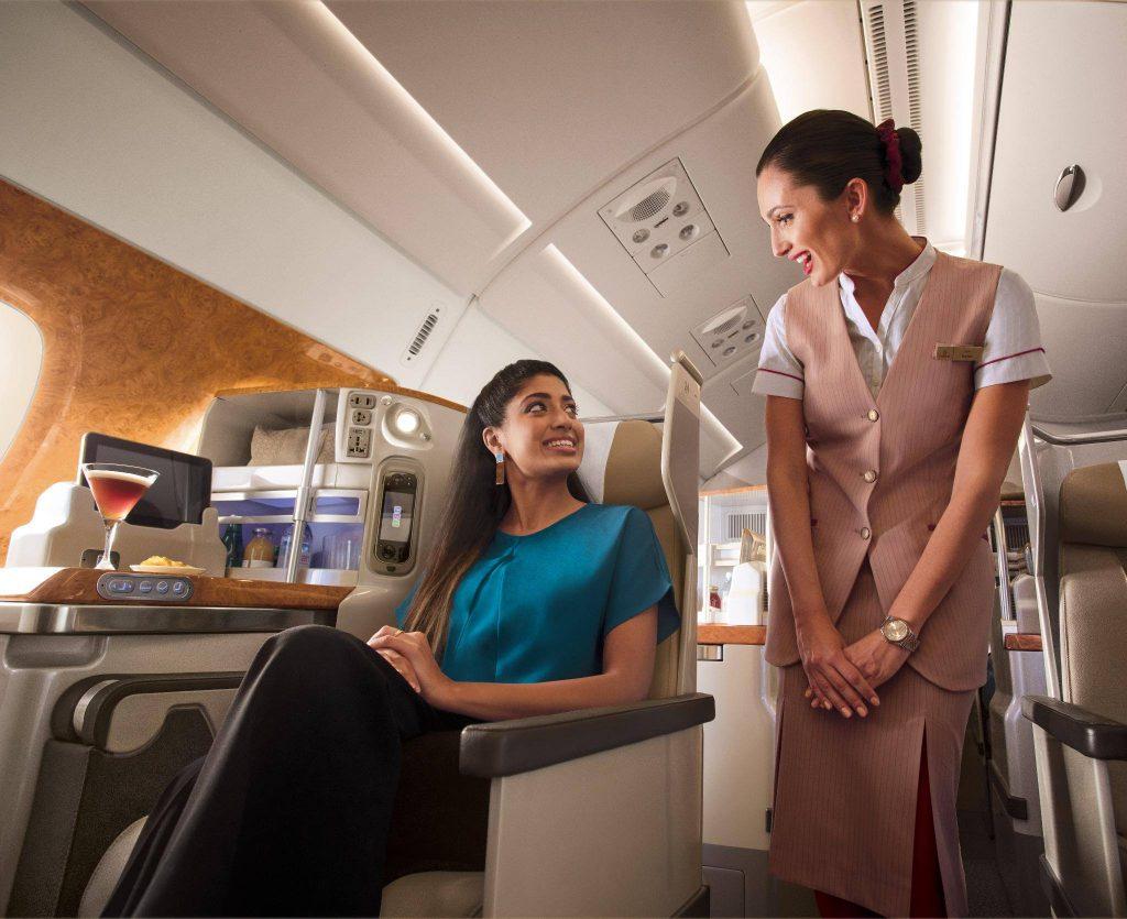 Comissarios De Bordo Entrevista: Emirates Seleciona Comissários De Bordo Em São Paulo
