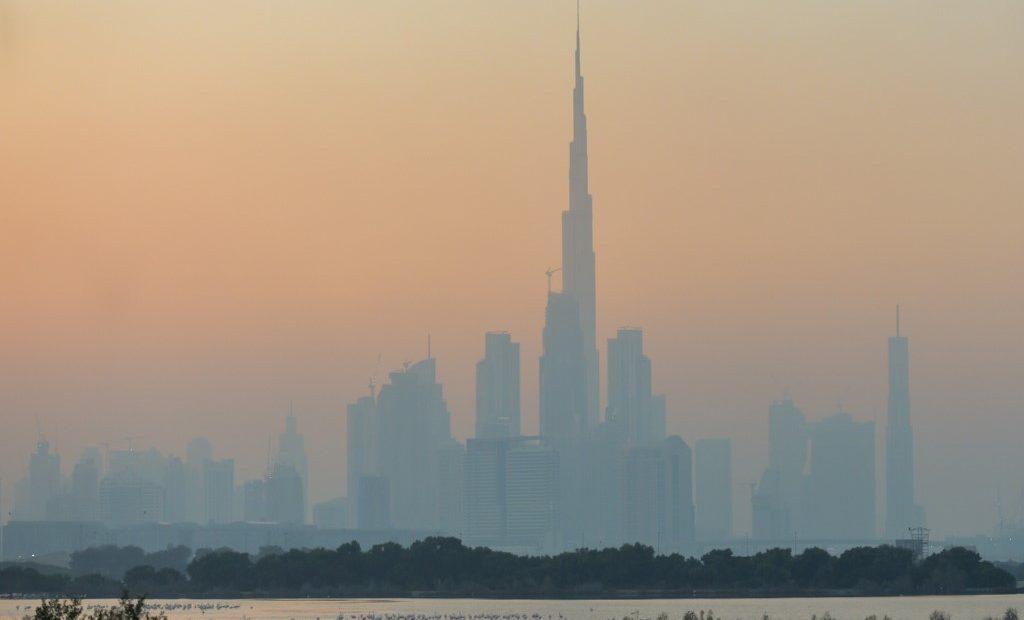 Névoa em Dubai. Mudanças climáticas não são apontadas como principais riscos por empresários