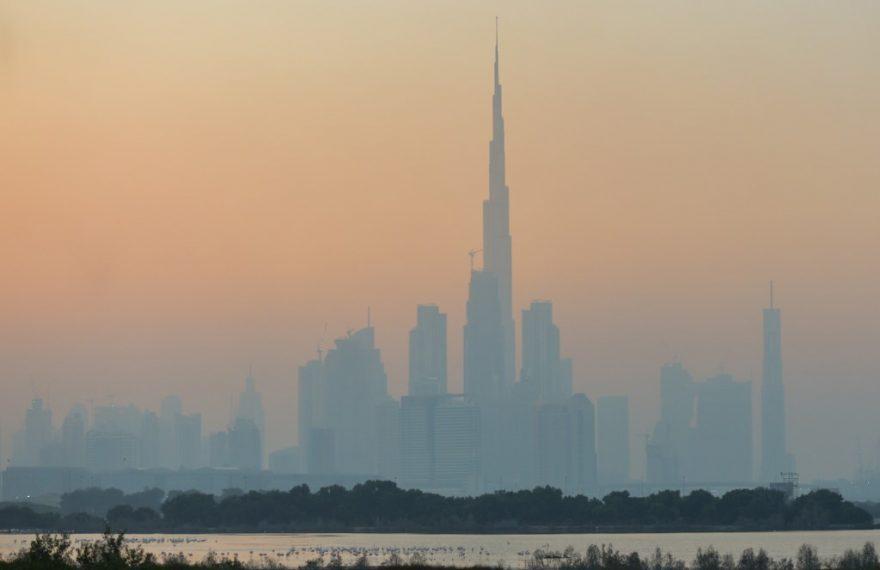 Névoa em Dubai: mudanças climáticas não são apontadas como principais riscos por empresários, diz Fórum Econômico Mundial
