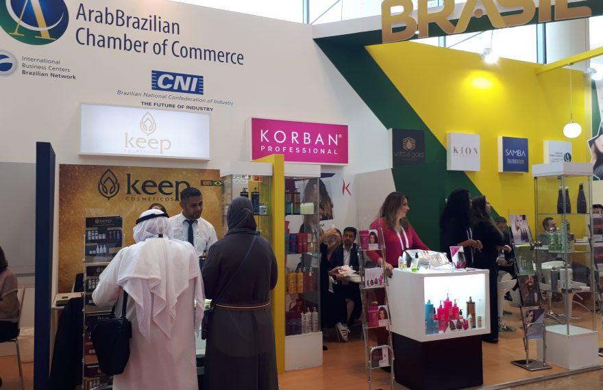 O estande faz parte da missão organizada pela Câmara Árabe em parceria com a Confederação Nacional da Indústria (CNI), liderada pela Federação da Indústria do Estado de Goiás, e a Agência Brasileira de Promoção de Exportações e Investimentos (Apex-Brasil).