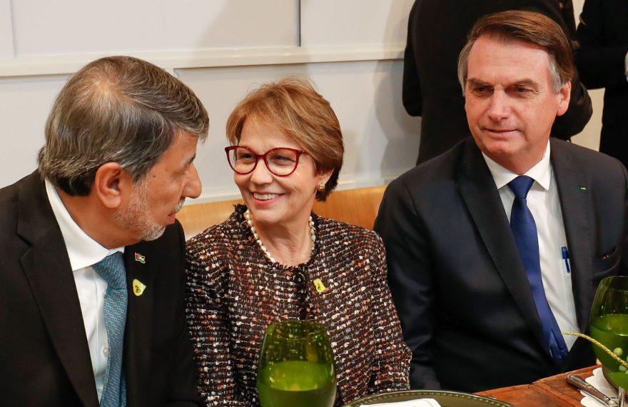 Da esq. p/ dir., Ibrahim Alzeben, Tereza Cristina e Jair Bolsonaro: jantar com embaixadores