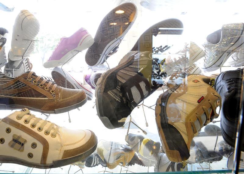4a34dba72 Exportação de calçados aos Emirados mais que dobra - Agência de ...