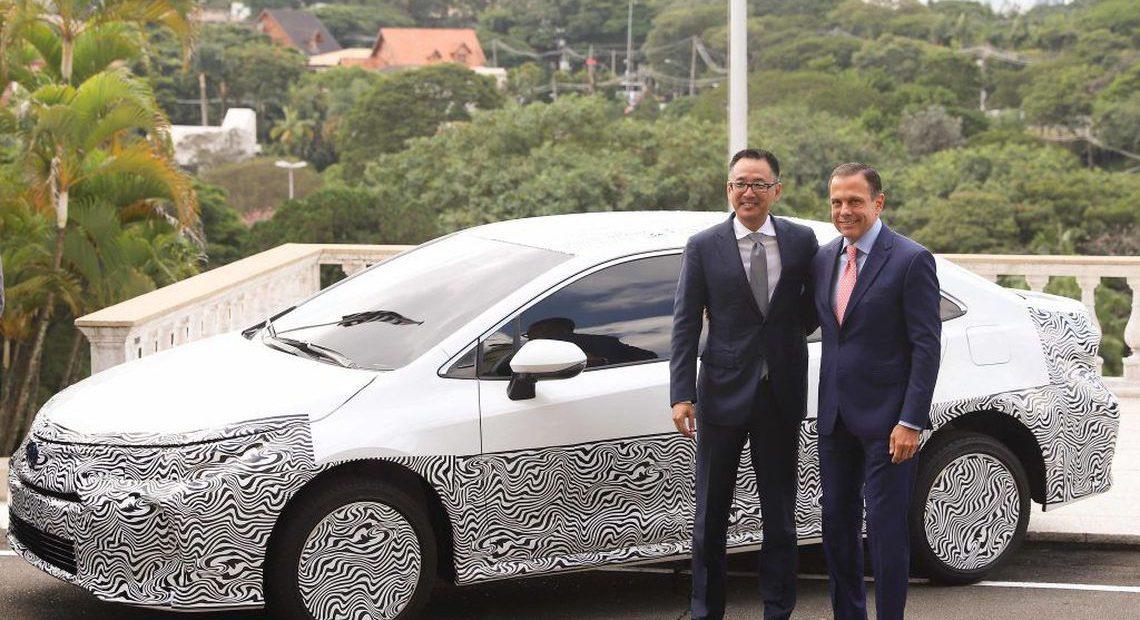 Toyota Corolla híbrido e flex foi apresentado no Palácio dos Bandeirantes