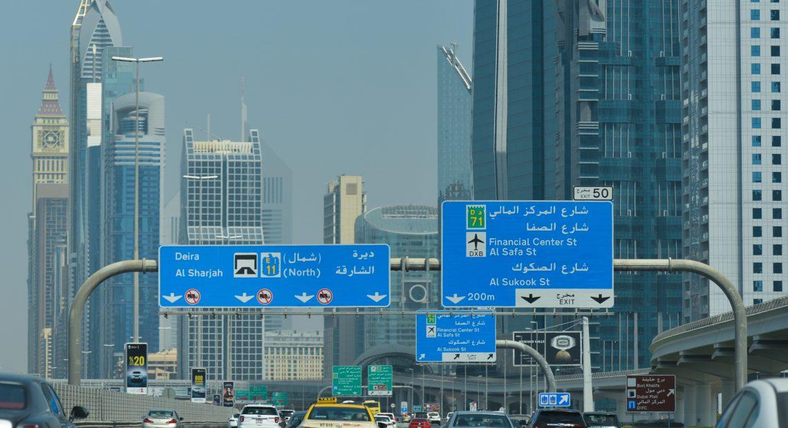 Brasleiros podem dirigir am países árabes com CNH ou com PID após 180 dias