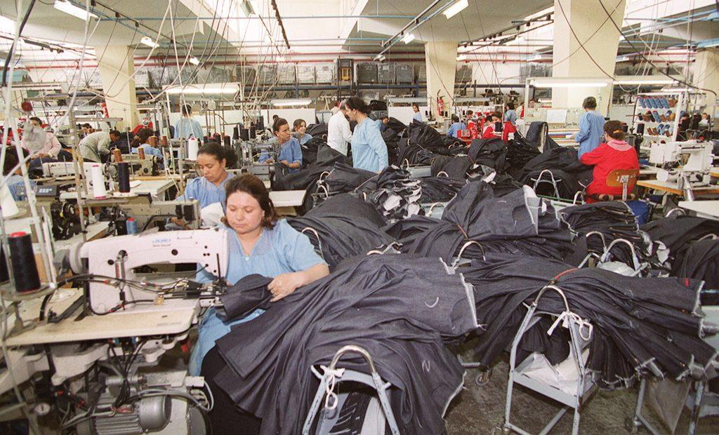 Fábrica de jeans na Tunísia