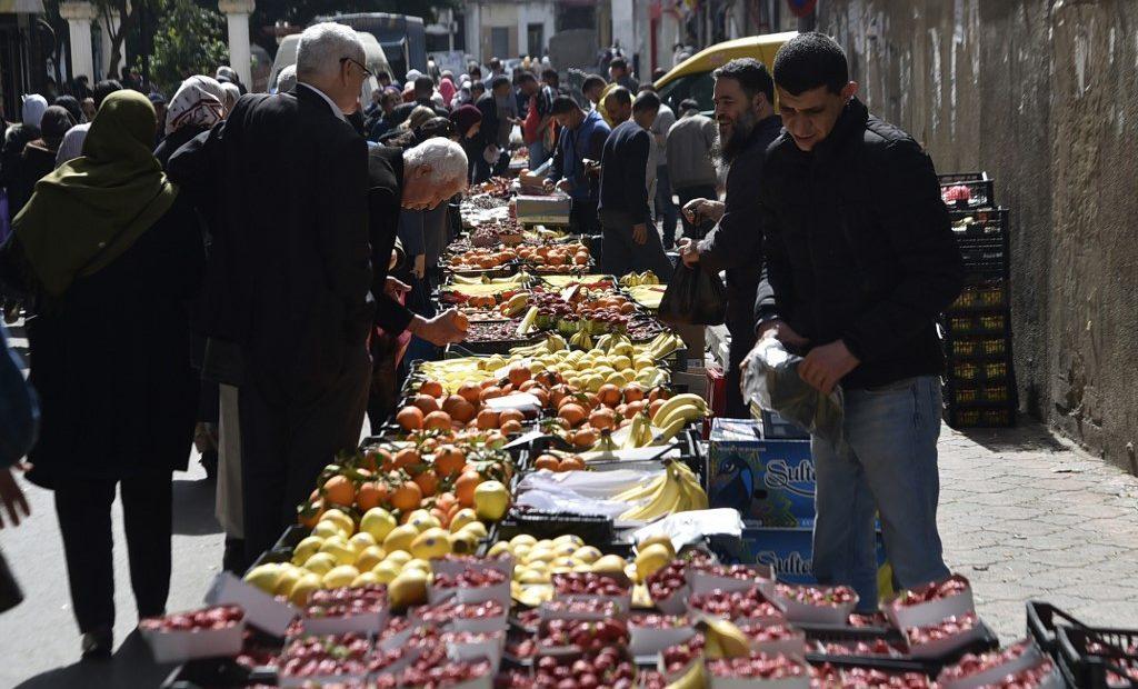 Feira livre em Argel, capital da Argélia