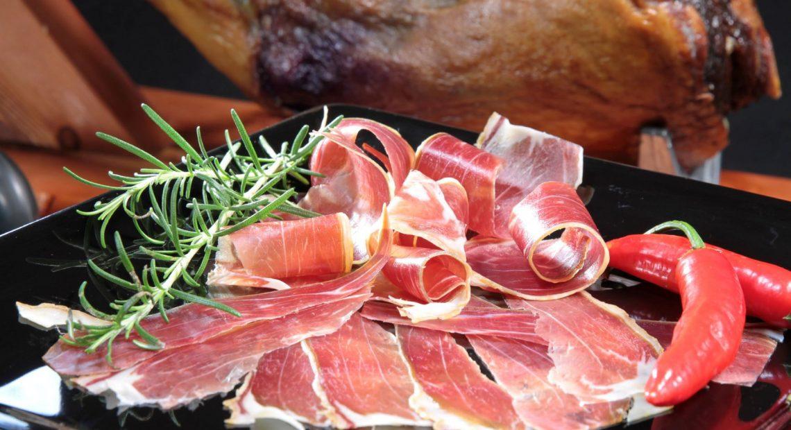 Presunto cru de carne de ovinos desenvolvido pela Embrapa e que será produzido pelo Frigorífico Cabra Bom, de Remanso