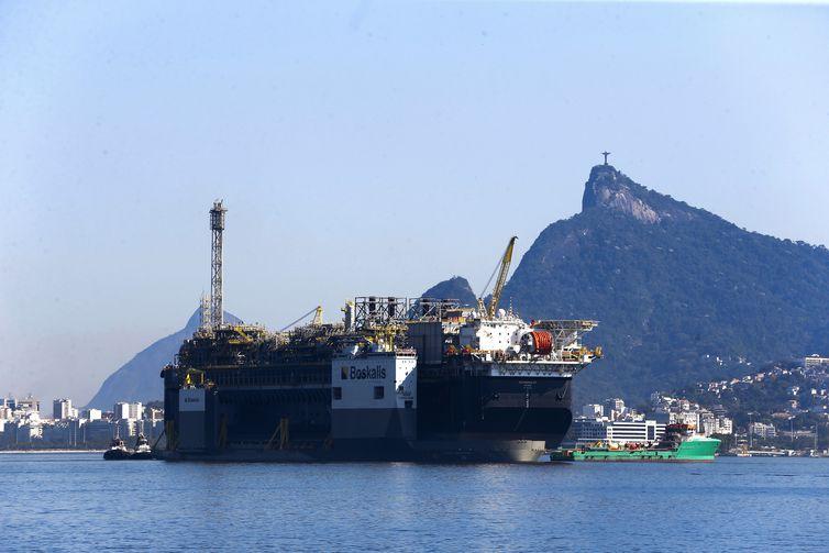 Plataforma de petróleo e gás P-67, da Petrobras