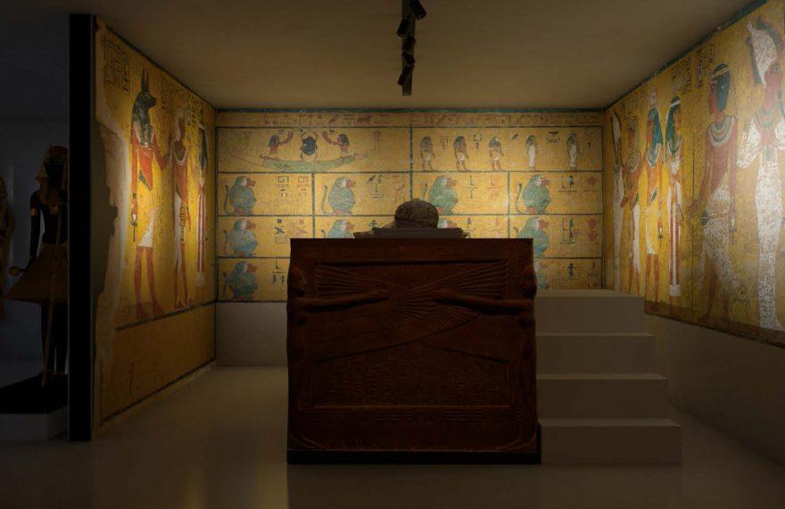 Zahi Hawass deu consultoria para o museu sobre Tutancâmon