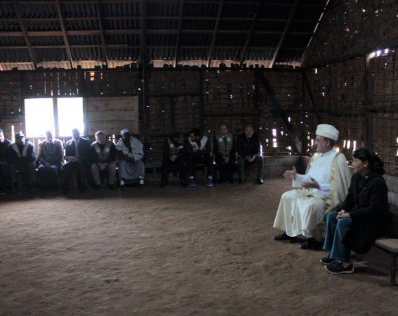 Reunião entre guaranis e árabes na zona sul de São Paulo