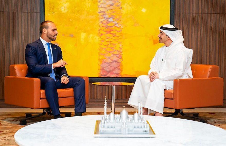 Eduardo Bolsonaro e Abdullah Bin Zayed