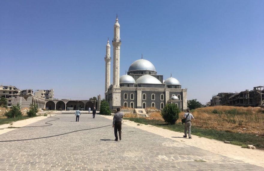 Mesquita Khalid Ibn Al-Walid, em Homs, na Síria, após restauração