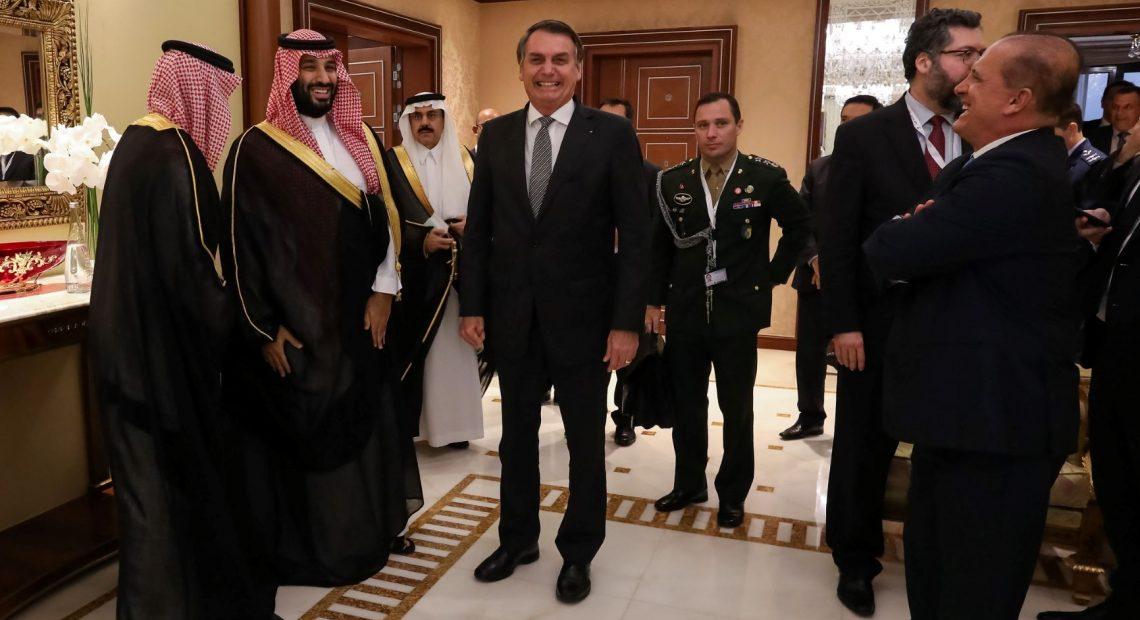 O saudita Mohammmed Bin Salman recebeu Bolsonaro em Riad