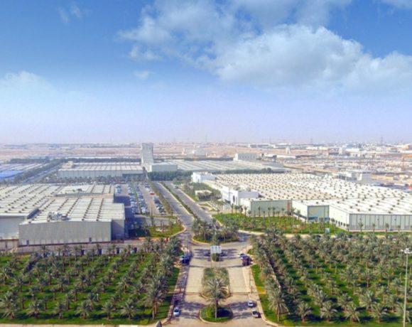 Complexo industrial da Alfanar próximo a Riad, Arábia Saudita