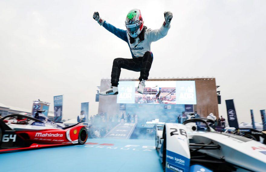 Antônio Félix da COsta ganhou a primeira corrida de Fórmula E disputada na Arábia Saudita
