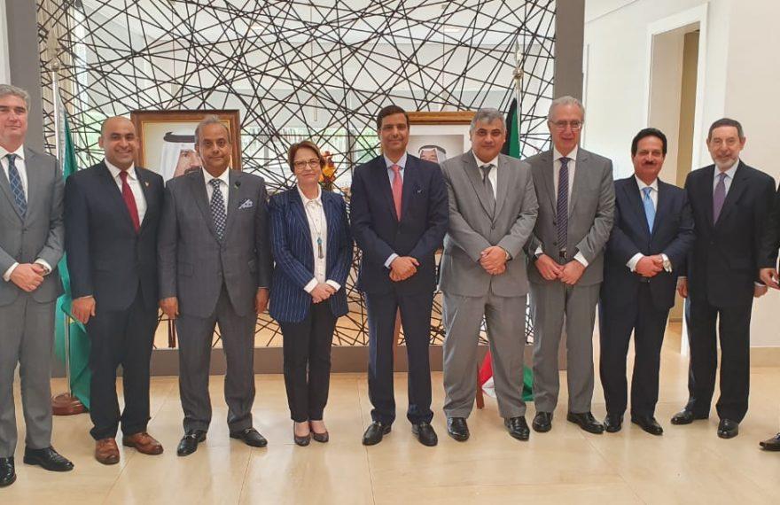 A ministra da Agricultura, Tereza Cristina, participou de almoço na embaixada do Kuwait em Brasília